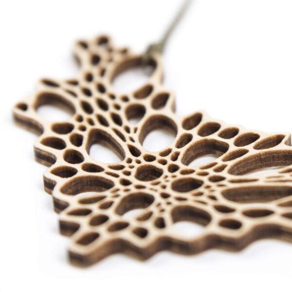 lasergesneden houten ketting / collier - Laser cut wooden necklace / collier