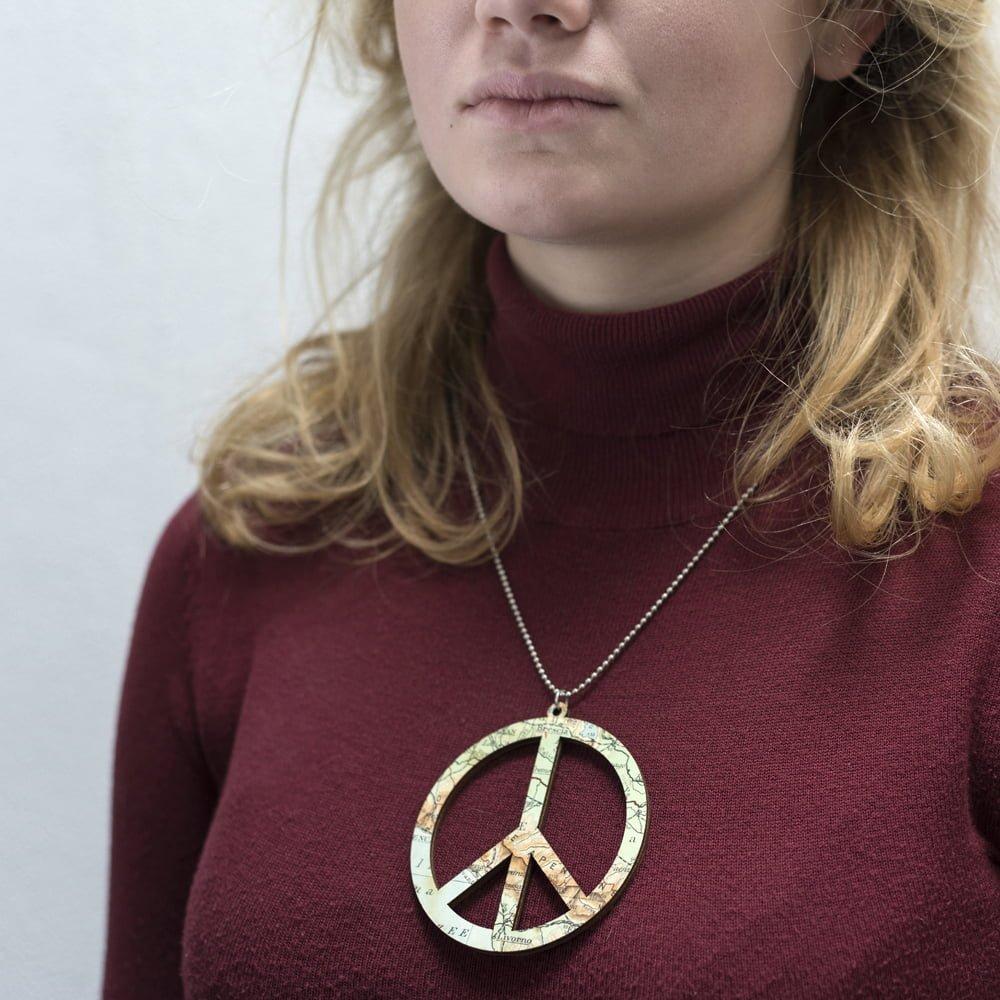 Laser cut wooden necklace / pendant world peace - Lasercut wooden necklace / pendant world peace
