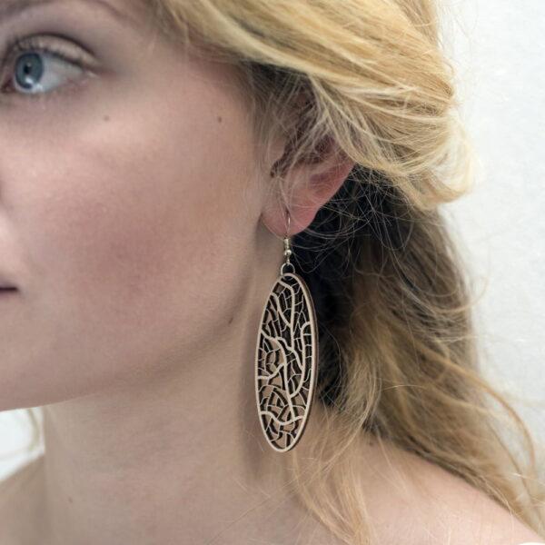 Houten oorbellen - lasergesneden oorbellen / lasercut earrings