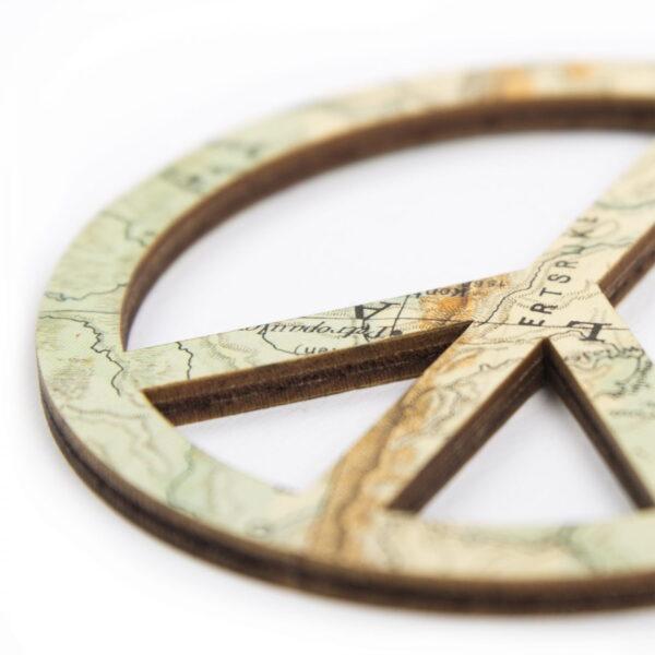 Lasergesneden houten ketting / hanger wereld vrede - Lasercut wooden necklace / pendant world peace