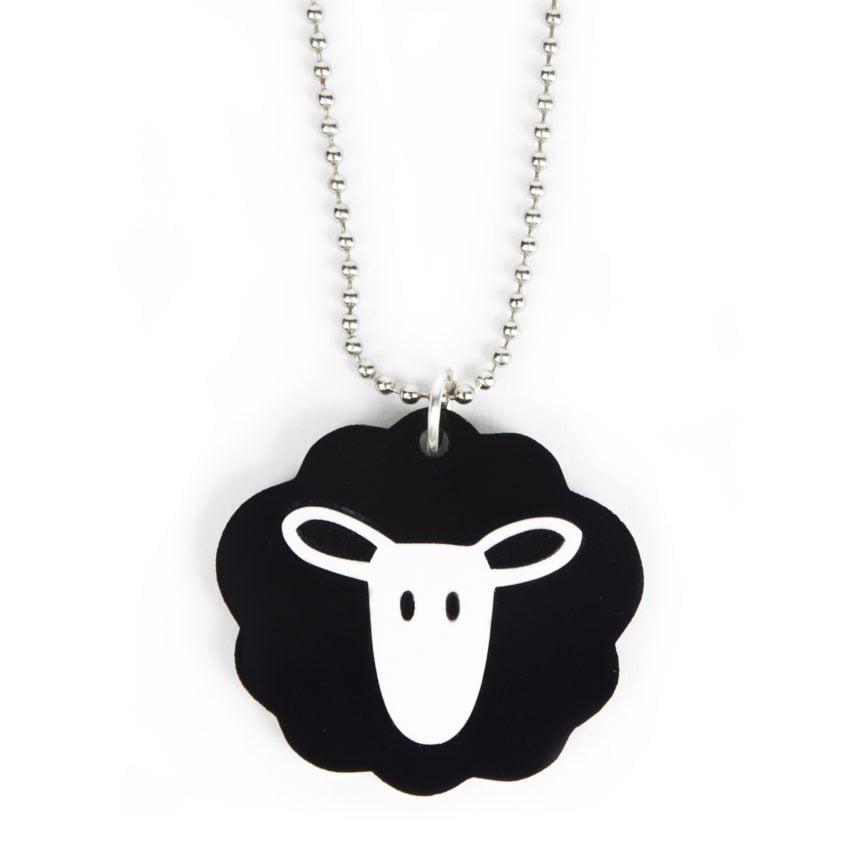 Lasergesneden plexiglas ketting / hanger zwarte schaap- Lasercut perspex necklace / pendant black sheep