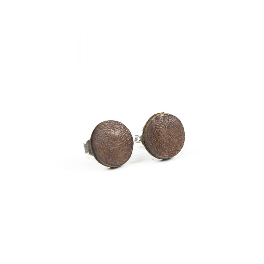 Lasergesneden oorbellen / oorknopjes van kurk, hout, leer / Laser cut earrings / earcuffs made of cork, leather, wood