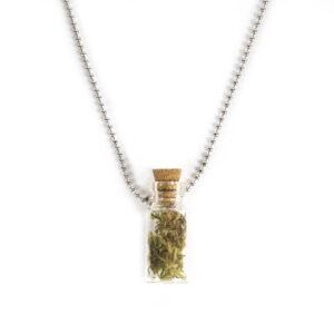 Ketting met mini flesje - message in a bottle - Necklace with a mini bottle - Message in a bottle