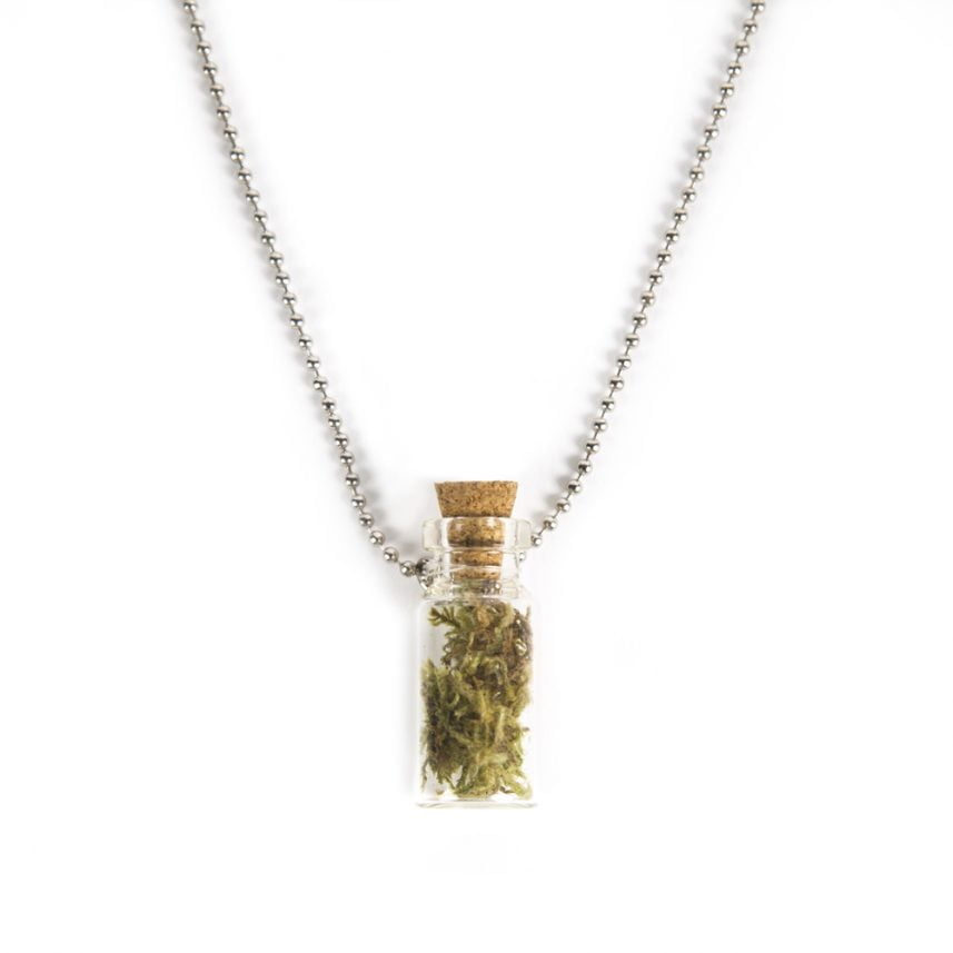 Ketting met mini flesje - message in a bottle - Necklace with a mini bottle - Message in a bottle