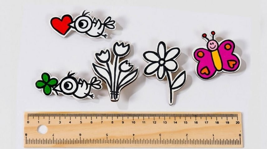Roses are Red – Diverse broches en houten figuren