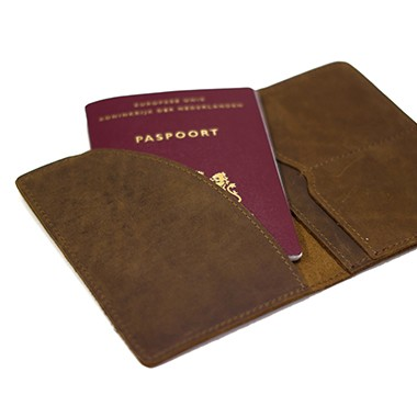 Leather passport cover - Leather passport holder - engrave your name