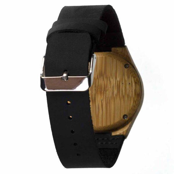 Bamboe horloge Black Forest heeft een mooie zwarte leren band en heeft een kleiner formaat.