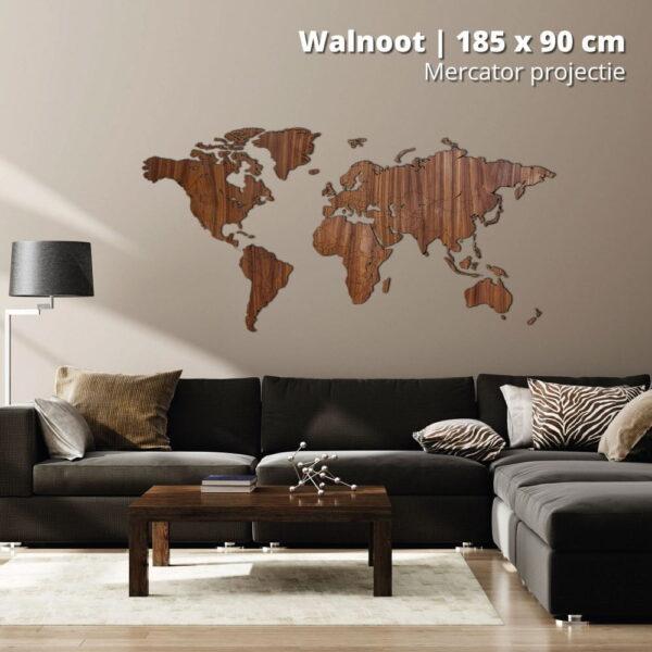 houten-wereldkaart-mercator-projectie-walnoot-185-stock