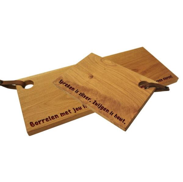 Borrel plank snijplang graveren met eigen ontwerp